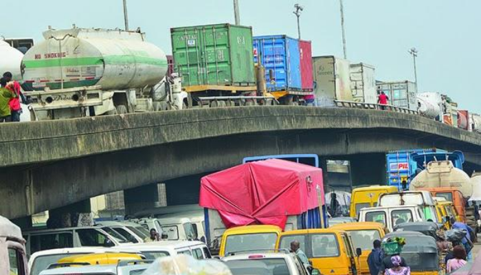 Apapa: FG says it's making steady progress to end gridlock with roads infrastructure