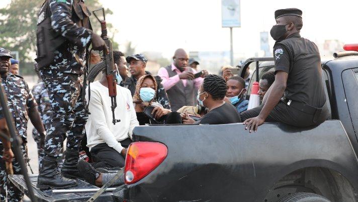 protesters at Lekki tollgate