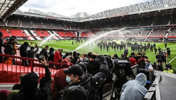 Manchester United vs Liverpool game postponed after fans ...