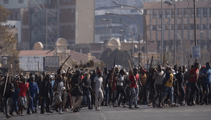 What trend of protests say about Africa's two largest economies